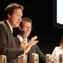 Preisträger von der ZEIT Wolfgang Uchatius und Kerstin Kohlenberg mit Michael Antwerpes (Mitte)