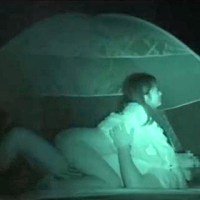 【アダルト動画】( 秘密撮影ムービー )キャンプ場内のテントで外SEXする大学生ヤリサーを赤外線秘密撮影☆☆☆(無料)