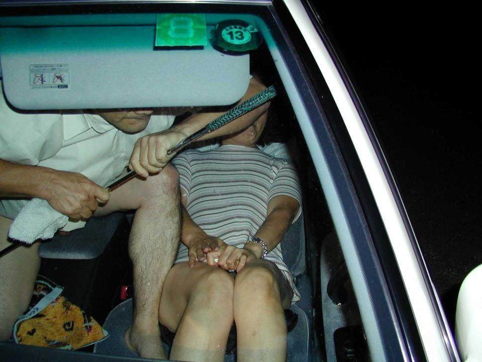 พวกมึงจะถ่ายตอนที่กุเยกันในรถแบบนี้ไม่ได้