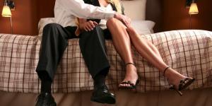 Afsløret: Din kone/kæreste indrømmer hun fantasere om din bedste ven