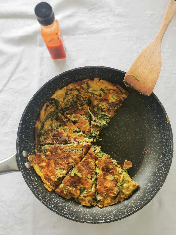 Recipe: Frtalja with garlic and dandelion greens
