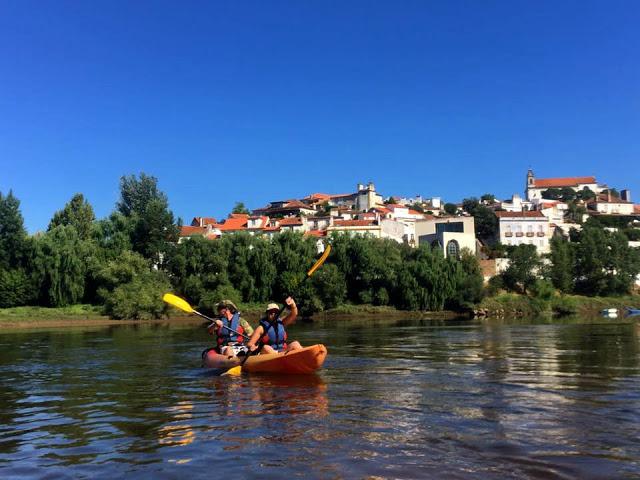 Aquele dia de Verão em que andámos de canoa