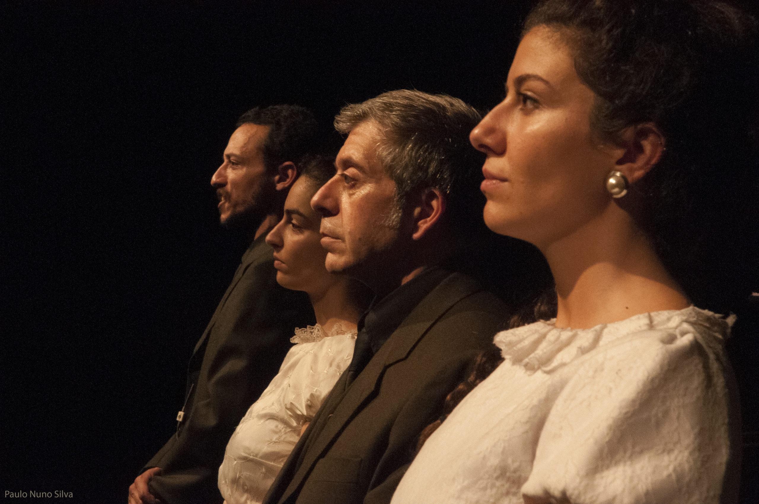 Discurso sobre o filho-da-puta. Teatro da Rainha. Foto de Paulo Nuno Silva