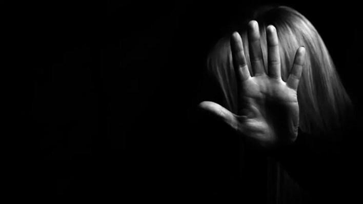 Sosyal Medyadan 10 Erkekle Tanışan İki Kız Kabus Yaşadılar