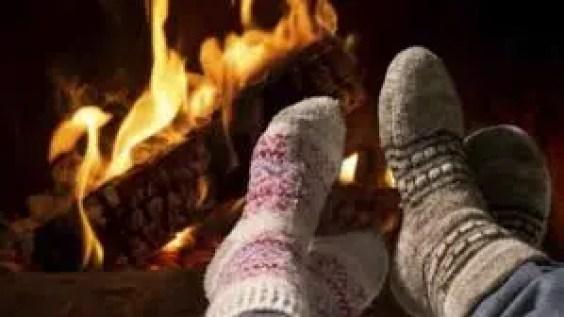 sürekli ayak üşümesi neden olur? ayaklar neden ısınmaz?