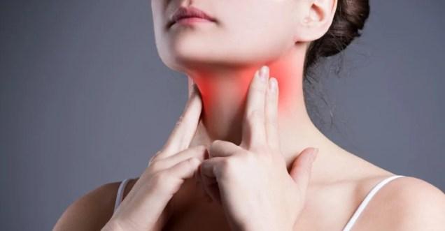 Boğaz ağrısı neden olur Boğaz ağrısına ne iyi gelir Boğaz ağrısı tedavisi