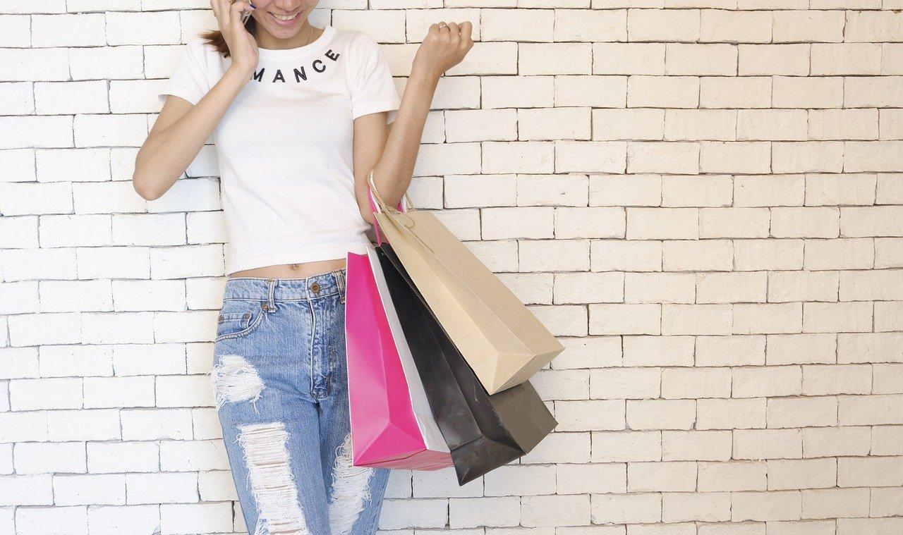 Koronapandemian vaikutus verkossa shoppailuun