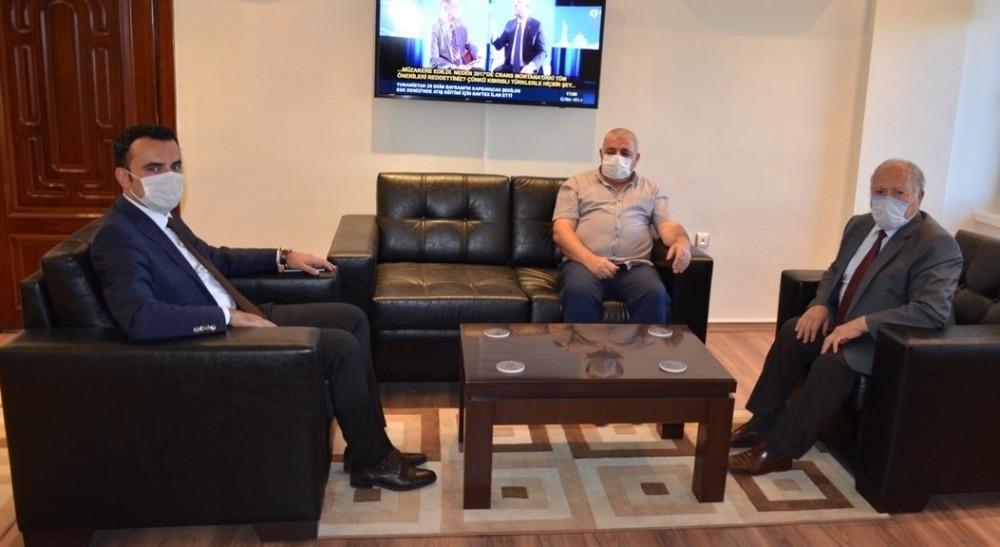 İl Genel Meclisi Başkanı Bekir Yıldız'dan Kaymakam Çelik'e ziyaret