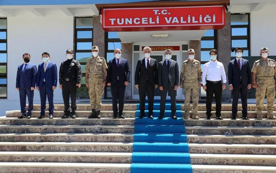 Vali Makas, Tunceli'de ziyaretlerde bulundu