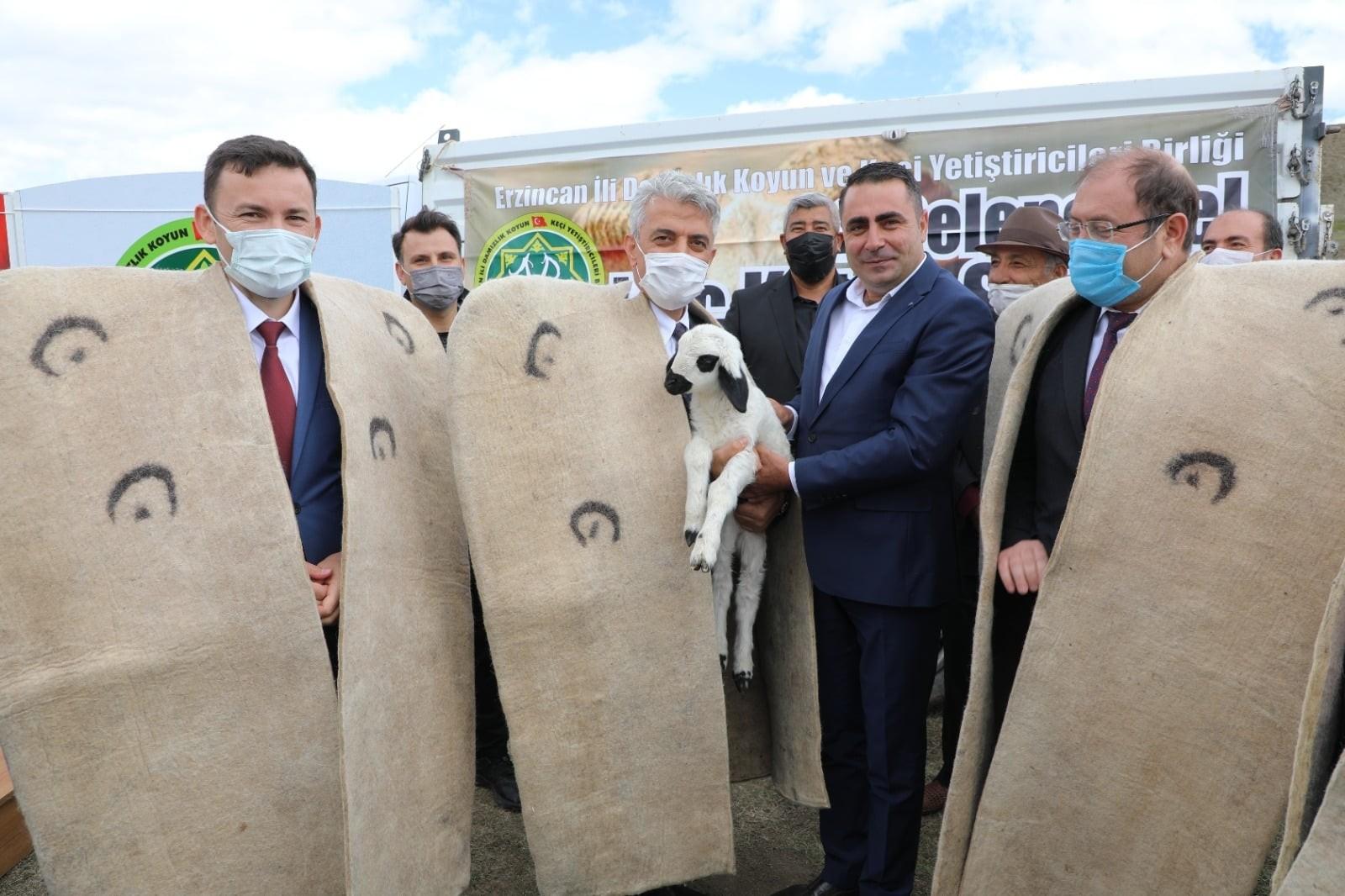 """Erzincan'da """"2. Geleneksel Koç Katım Şenliği"""" düzenlendi"""