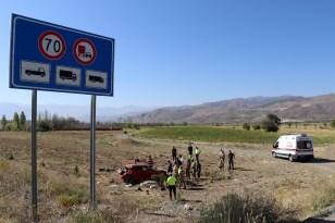 Erzincan'da geçtiğimiz ay meydana gelen 207 trafik kazasında 4 kişi öldü, 208 kişi yaralandı