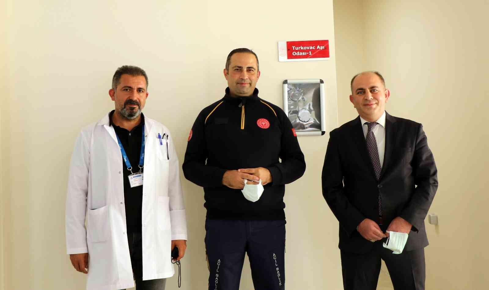 (Özel) Yerli Covid-19 aşısı 'TURKOVAC' için Erzincan'da Faz- 3 çalışması başladı