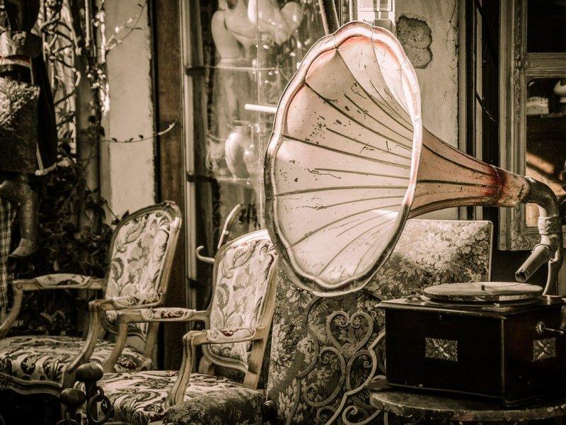 Méér muziek in je huis - ouderwetse grammofoonspeler