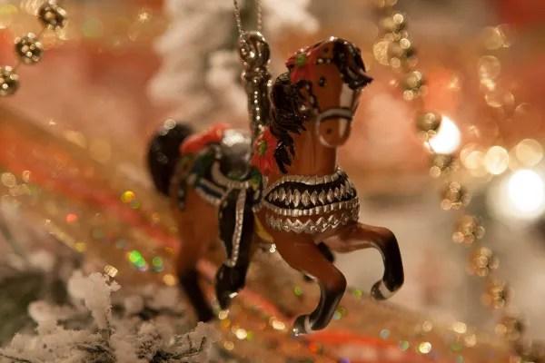 ¡Feliz navidad a todos nuestros amigos equinos y amigos amorosos equinos!