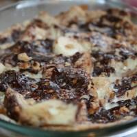 Chocolade Banaan Broodpudding met noten