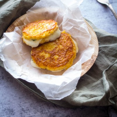 Recept mini wentelteefjes met mozzarella