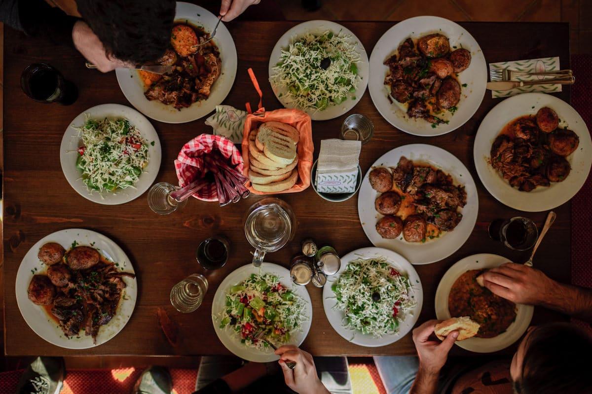 Reservas para dos: Recordando juntos la muerte del Señor en la santa cena