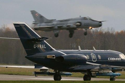 Cobham electronic warfare Falcon 20