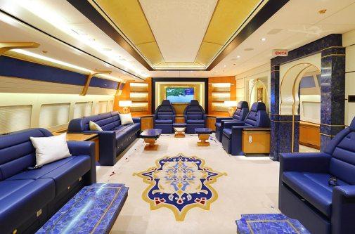 Interior-B747-8-Qatar