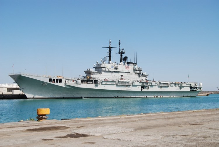 portaaviones italiano Garibaldi