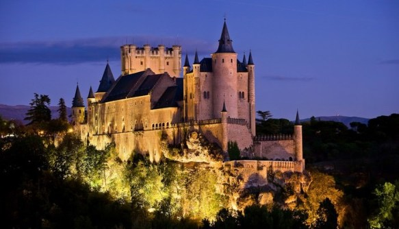 Castillos Medievales Alcázar de Segovia, España