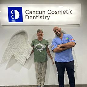 Thumb Happy Patient dental tourism patient doctor german arzate cancun dental implant (1)