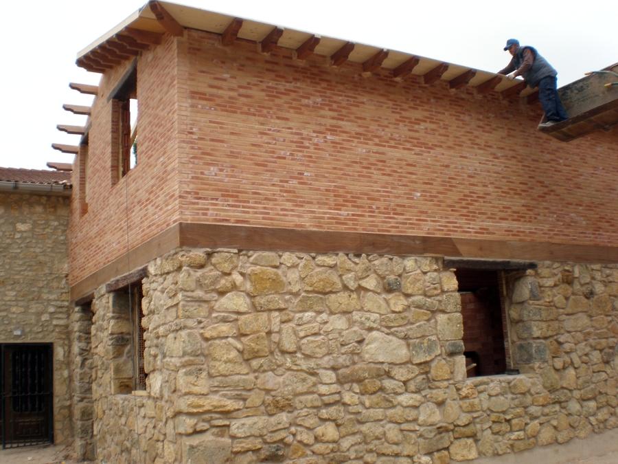 Foto Casa en Piedra y Ladrillo Rustico de JC Escribano