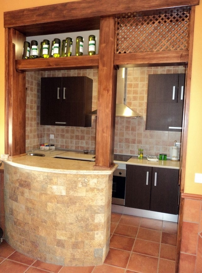 Foto Cocina Campera con Barra Americana de Proyectos Y