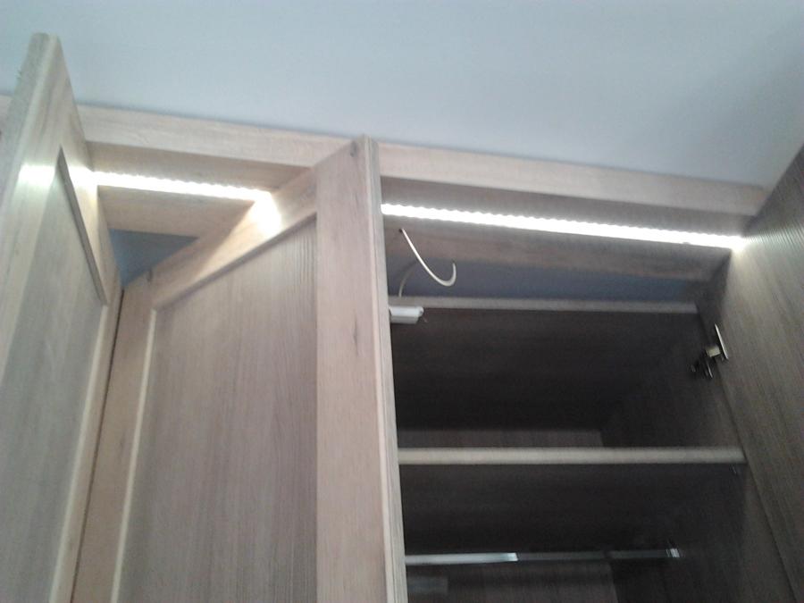 Foto Iluminacion Armarios en Proceso de Efielec 543792