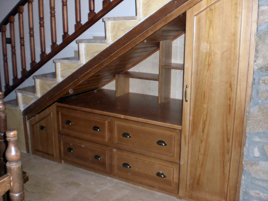 Foto Mueble bajo Escalera de Ebanistera PF 210678