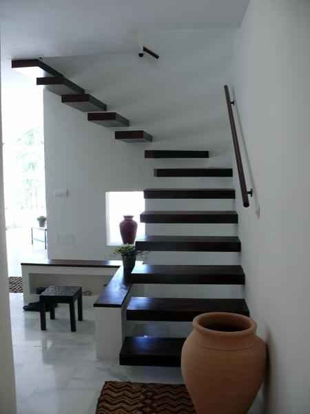 Foto Escalera Volada en Madera de Servimaxum 391127