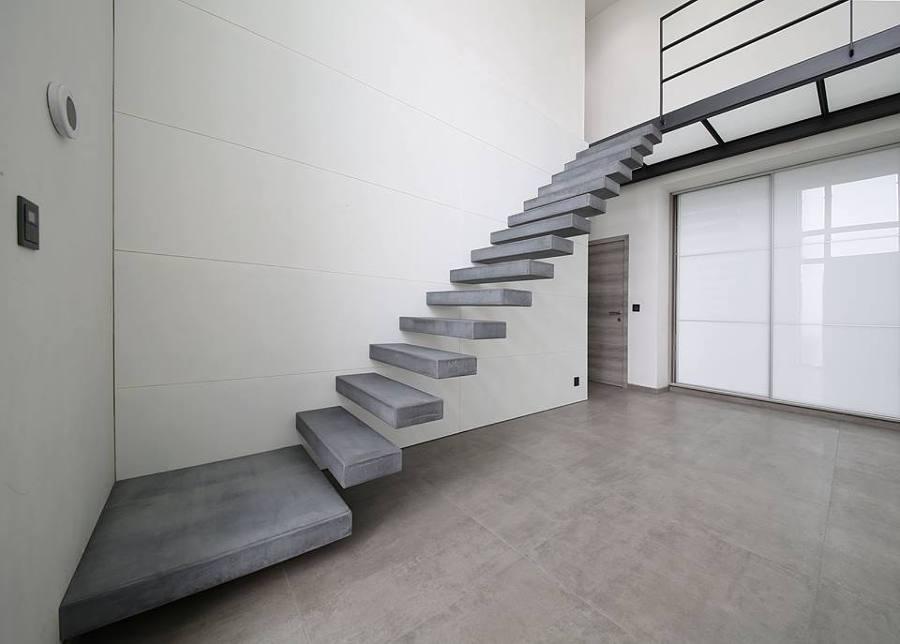 Foto Escaleras de Hormigon Revestidas de Microcemento