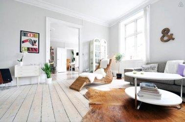 Foto: Salón con Paredes Gris Claro de Miv Interiores