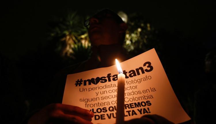 Conmocionado por video de secuestrados, Ecuador pide mayor acción de Colombia