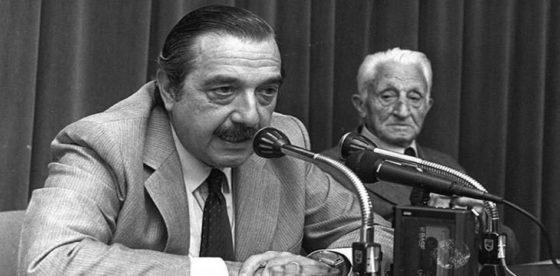Alfonsín: el peor desempeño económico desde el regreso a la democracia en Argentina