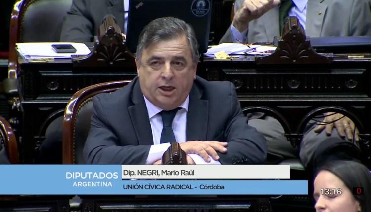 Diputado-Negri-Mario-el-discurso-que-enardeció-al-kirchnerismo-Sesión-22-12-2016