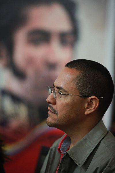 Ernesto Villegas perdió las elecciones para la Alcaldía Metropolitana y el chavismo le creó un ministerio desde donde podría actuar.