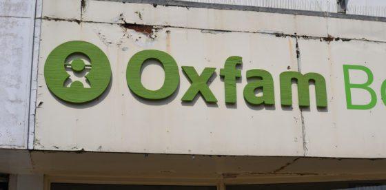 Oxfam miente para defender ideas que hundirían a millones en la pobreza