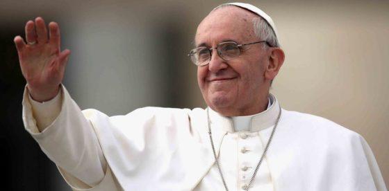 Papa Francisco, por el momento, manténganse en silencio político sobre Venezuela