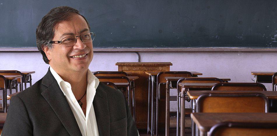 Gustavo Petro educación