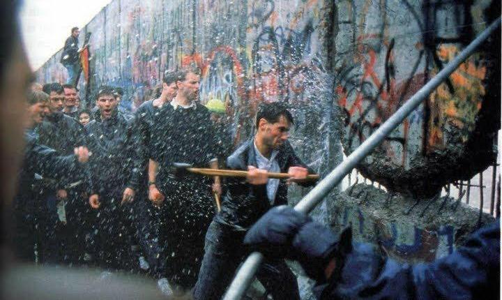 Caida del muro deberlin