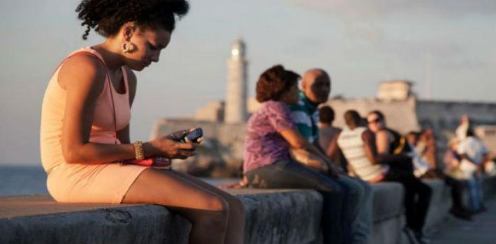 Cubanos en La Havana