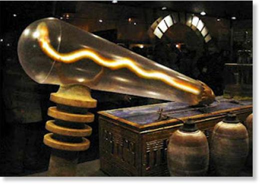 lámpara de Dendera3