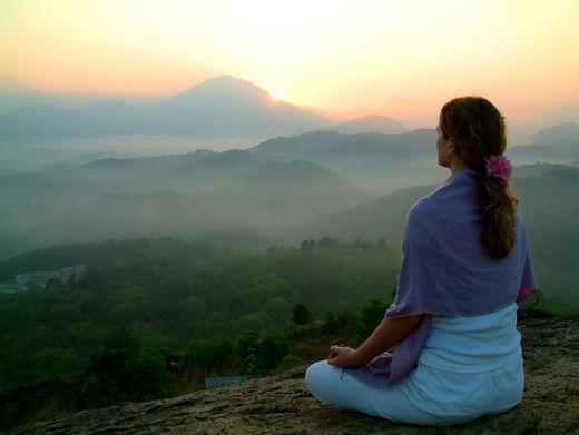 Stock meditation - Meditar podría mantener tu cerebro joven