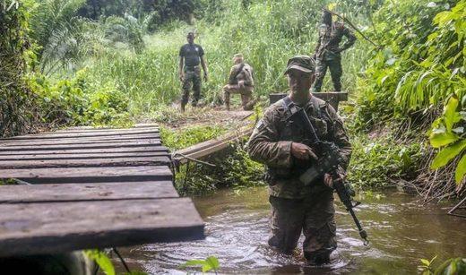 Un ejercicio de entrenamiento conjunto con tropas africanas en Ghana.