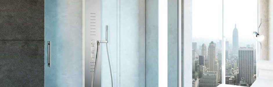 La doccia walk-in: caratteristiche e vantaggi di una tendenza moderna