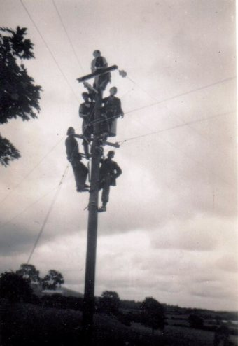How many ESB men can you fit up an electricity pole?