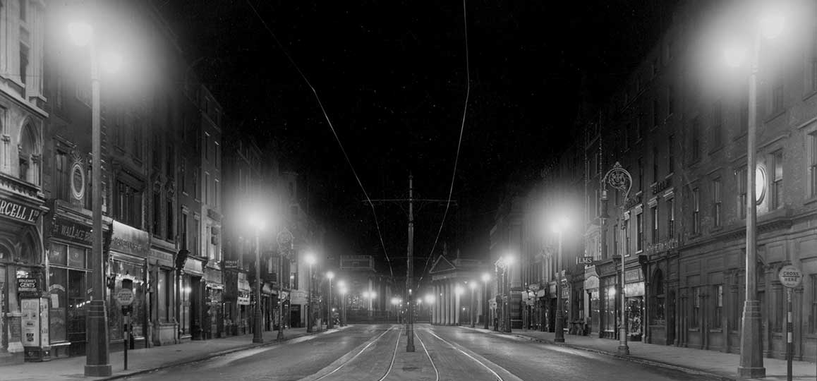 Dublin city centre at night, 1938