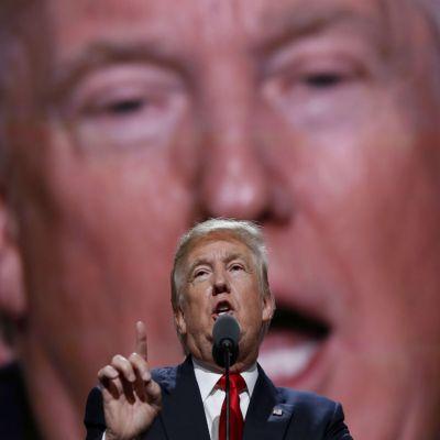 Donald Trump juega sucio