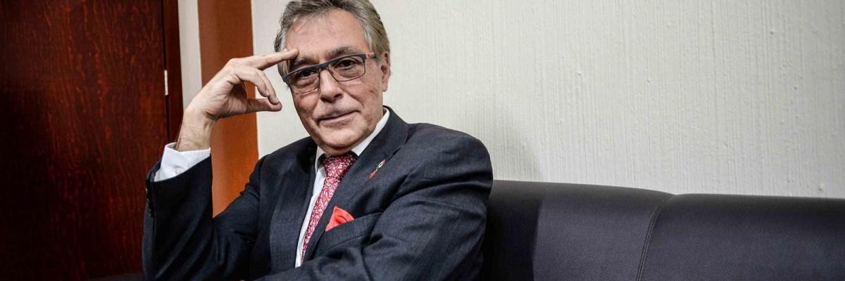 #DoctorConCausa: Una eminencia mexicana da la batalla más férrea en contra del cáncer